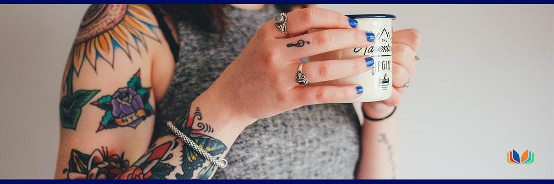 hacer-oposiciones-con-tatuajes